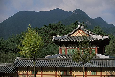 image 2-690-5 South Korea, Gyeongsangbuk do, Mungyeong Provincial Park, KBS palace