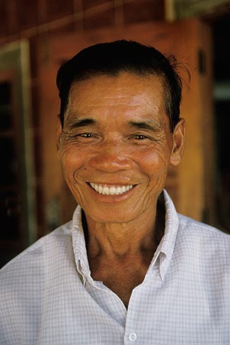 image 8-573-39 Laos, Vientiane Province, Villager, Hin Heub