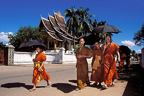 image 8-600-2 Laos, Luang Prabang, Buddhist Monks