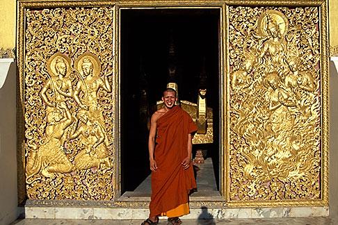 image 8-601-27 Laos, Luang Prabang, Monk, Wat Xieng Thong