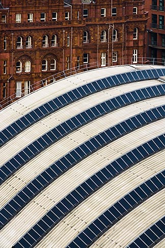 image 7-690-7208 England, Manchester, Piccadilly Rail Station, roof