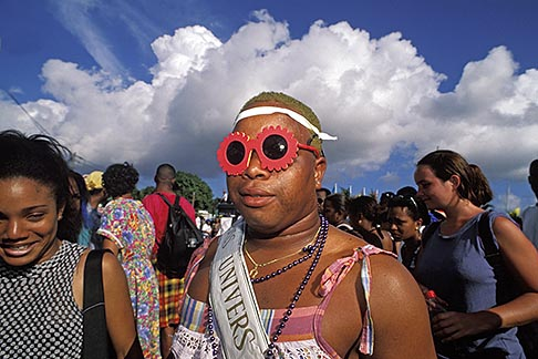 image 9-33-41 Martinique, Carnaval, Parade