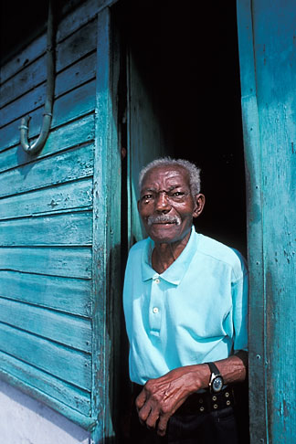 image 9-71-14 Martinique, Saint Pierre, Old man