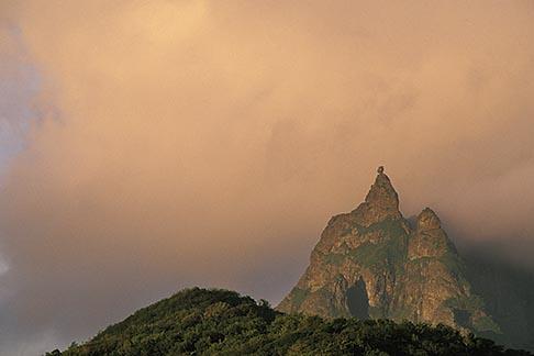 image 9-200-31 Mauritius, Morning light on Pieter Both peak