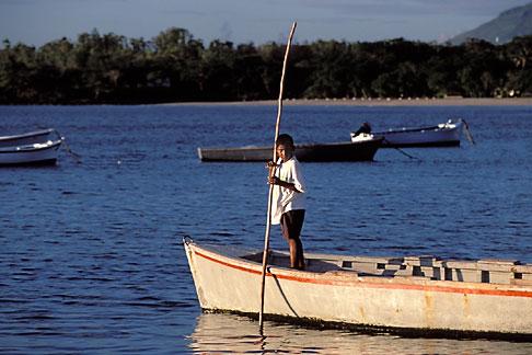 image 9-205-18 Mauritius, Fisherman, Tamarin Beach