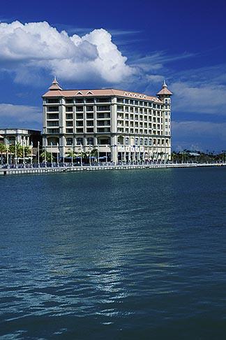 image 9-210-1 Mauritius, Port Louis, Labourdonnais Hotel, Le Caudan Waterfront