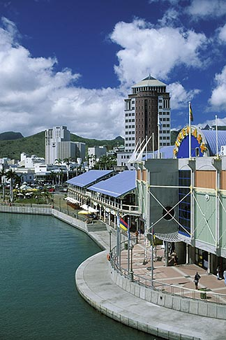 image 9-210-11 Mauritius, Port Louis, Le Caudan Waterfront