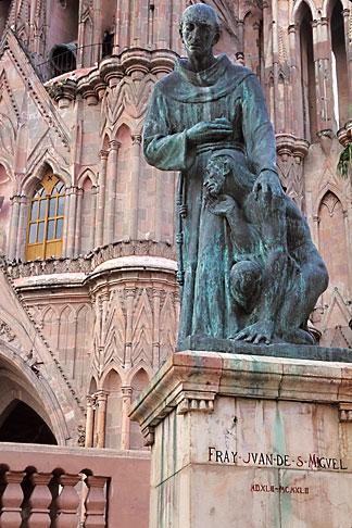 image 4-272-20 Mexico, San Miguel de Allende, Statue of Fray Juan de San Miguel, La Parroquia