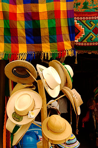 image 4-850-2899 Mexico, Yucatan, Hats