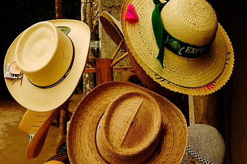 image 4-850-2900 Mexico, Yucatan, Hats