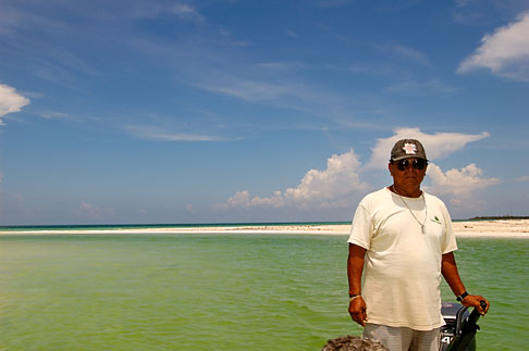 image 4-850-3072 Mexico, Yucatan, Sian Kaan Biosphere Reserve