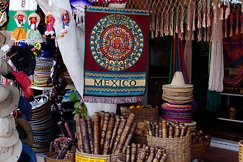 image 4-850-3265 Mexico, Playa del Carmen, Souvenirs in shop