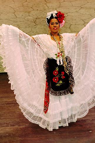 image 4-850-3922 Mexico, Riviera Maya, Xcaret, Folkloric show