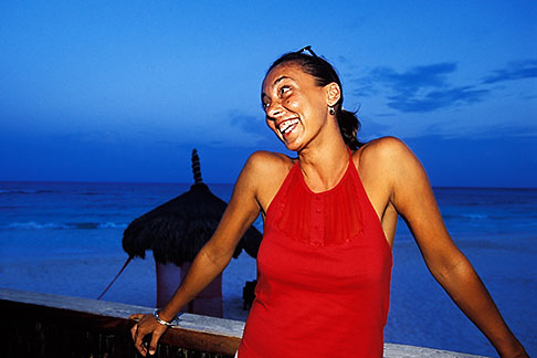 image 4-883-21 Mexico, Riviera Maya, Xpu Ha, Al Cielo Restaurant, portrait