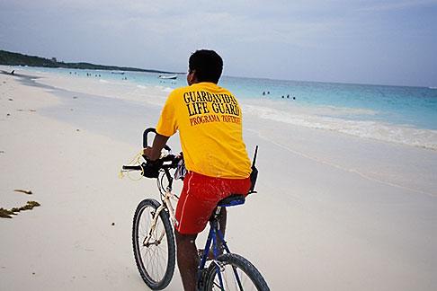 image 4-885-60 Mexico, Yucatan, Tulum, Beach