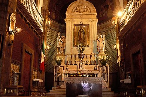 image 5-23-10 Mexico, Mexico City, Interior, Iglesia del Cerrito, Tepeyac