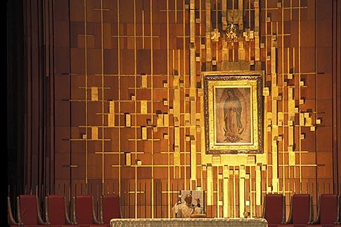 image 5-25-2 Mexico, Mexico City, Mass at Basilica, Villa de Guadalupe