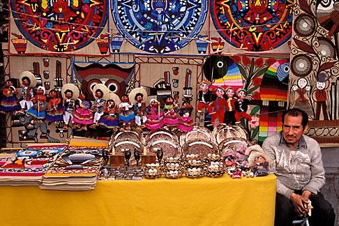 image 5-77-26 Mexico, Mexico City, Doll stand, Avenida Juarez