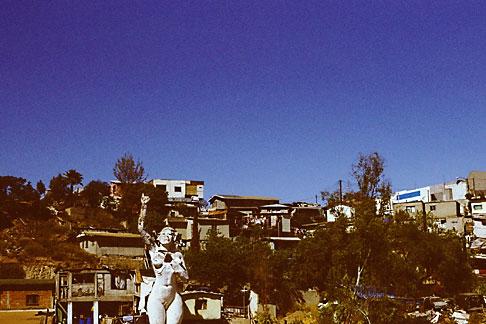 image S4-235-13 Mexico, Tijuana, La Mona