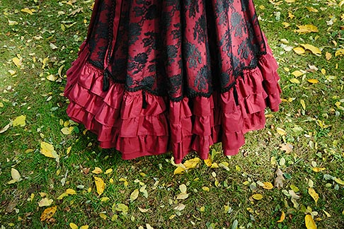 image 6-460-1698 Canada, Montreal, Victorian dress