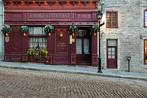image 6-460-7918 Canada, Montreal, Maison Pierre du Calvet, Rue Bonsecours