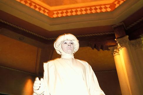 image 3-900-14 Nevada, Las Vegas, Venetian Resort Hotel Casino, Living statue