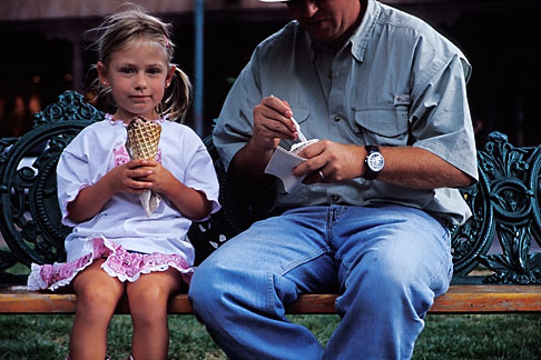 image S4-351-19 New Mexico, Santa Fe, Young girl eating Ice Cream