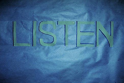 image 3-231-32 Sign, Listen