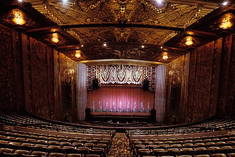 image 4-730-10 California, Oakland, Paramount Theatre, Auditorium