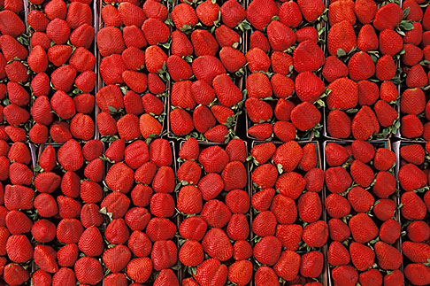 image 4-730-79 Markets, Strawberries