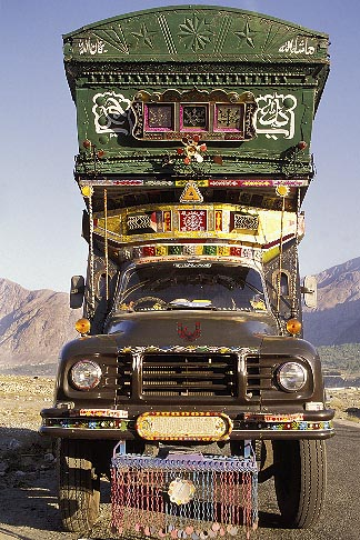 image 4-459-32 Pakistan, Decorated truck, Gilgit