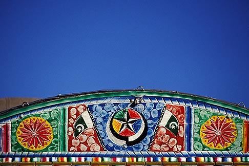 image 4-461-22 Pakistan, Detail, decorated truck