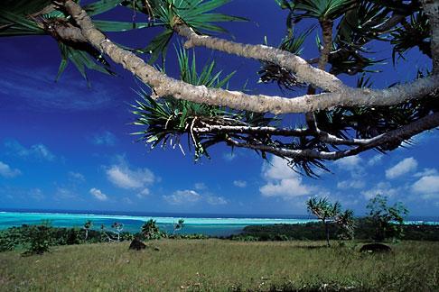 image 8-120-1 Palau, Babeldaob, Ngarchelong beach