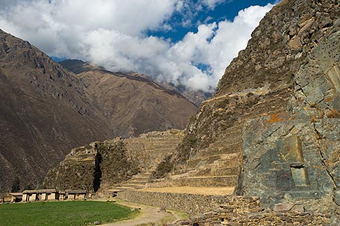 image 8-760-931 Peru, Ollantaytambo, Urubamba Valley and Ollantaytambo Temple