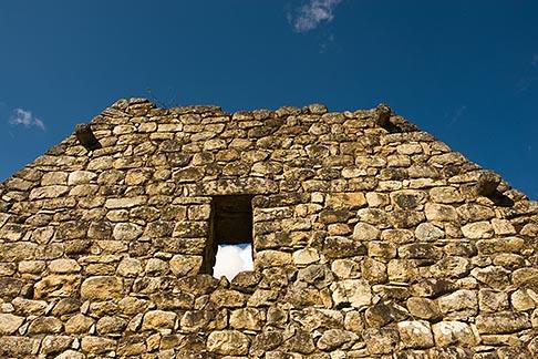 image 8-761-1827 Peru, Machu Picchu, Inca stone house, closeup of ruins
