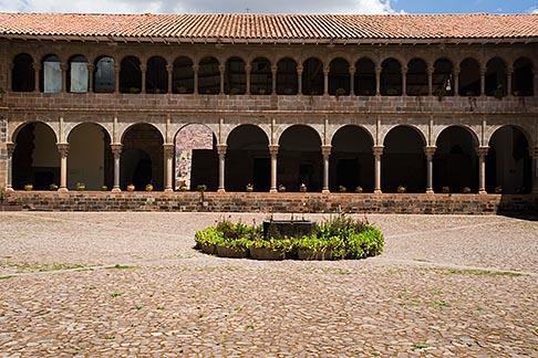 image 8-761-758 Peru, Cuzco, Convent of Santo Domingo