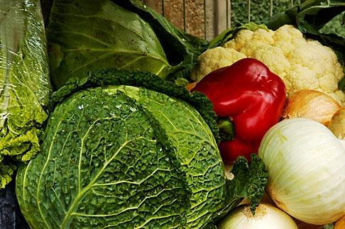 image 4-960-1339 Vegetables, Cabbages in market