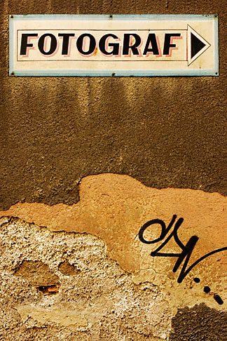 image 4-960-1346 Poland, Jelenia Gora, Photography studio sign