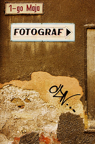 image 4-960-1347 Poland, Jelenia Gora, Photography studio sign