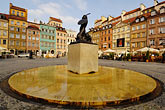 statue of warsaw mermaid stock photography | Poland, Warsaw, Statue of Warsaw Mermaid, Warszawska Syrenka, Rynek Starego Miasta, Old Town Square, image id 7-700-7575