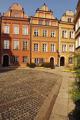 image 7-700-7626 Poland, Warsaw, Kanonia Square