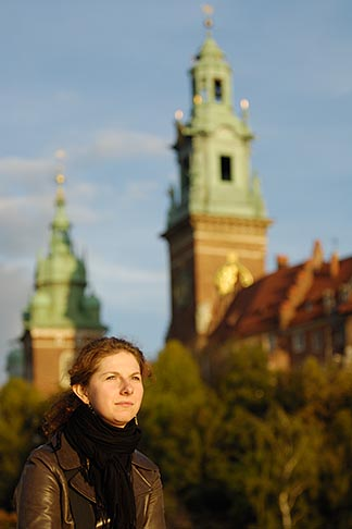 image 7-730-8236 Poland, Krakow, Wawel, Cathedral and Royal Castle, portrait of woman