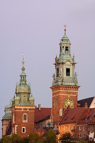 image 7-730-8318 Poland, Krakow, Wawel, Cathedral and Royal Castle, at dusk