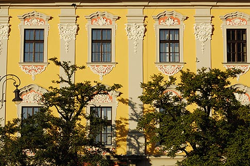 image 7-730-8499 Poland, Krakow, Old houses, Rynek Glowny, Grand Square