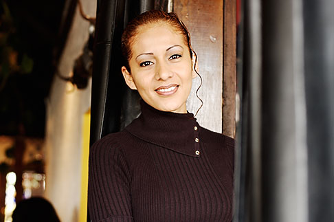 image S5-55-3260 Portraits, Waitress