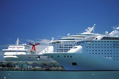 image 1-351-68 Puerto Rico, San Juan, Cruise ships in harbor