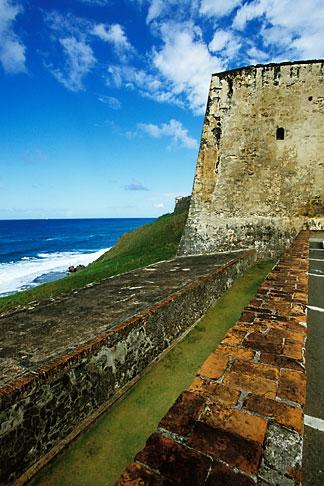image 1-352-57 Puerto Rico, San Juan, Fuerte, 1678 San Cristobal