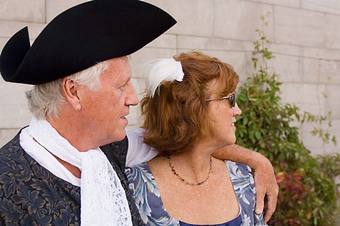 image 5-750-8855 Canada, Quebec City, Fetes de la Nouvelle France, Couple in tradiitonal dress