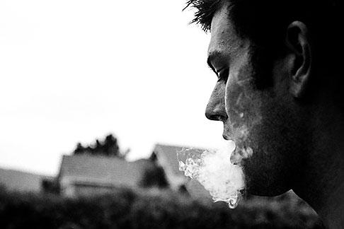 image S1-50-1 Portraits, Man smoking