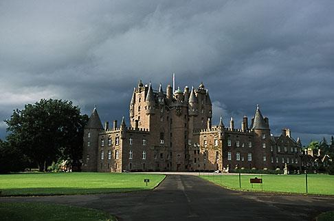 image 1-521-20 Scotland, Angus, Glamis Castle